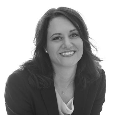 Dr. Claudia Schilling